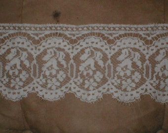 Vintage cotton Clooney Lace Trim ivory