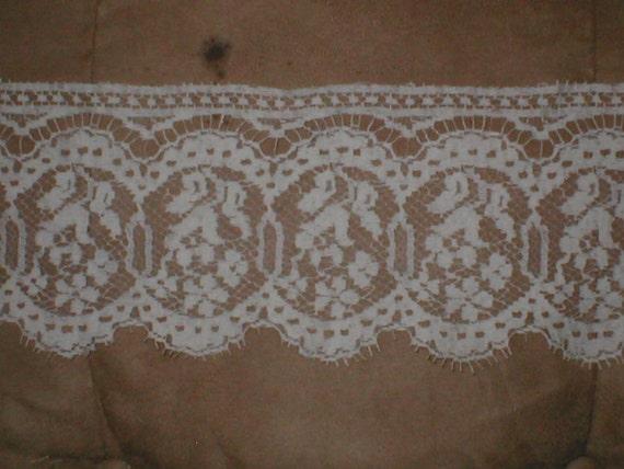 Vintage cotton Clooney Lace Trim ivory