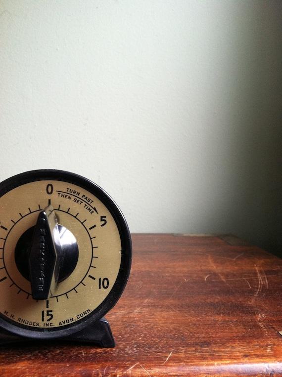 vintage black timer 30 minutes by mh rhodes by apkvintage. Black Bedroom Furniture Sets. Home Design Ideas