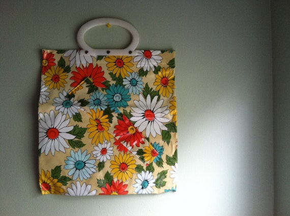Retrodorable 70s Floral Plastic Tote Bag