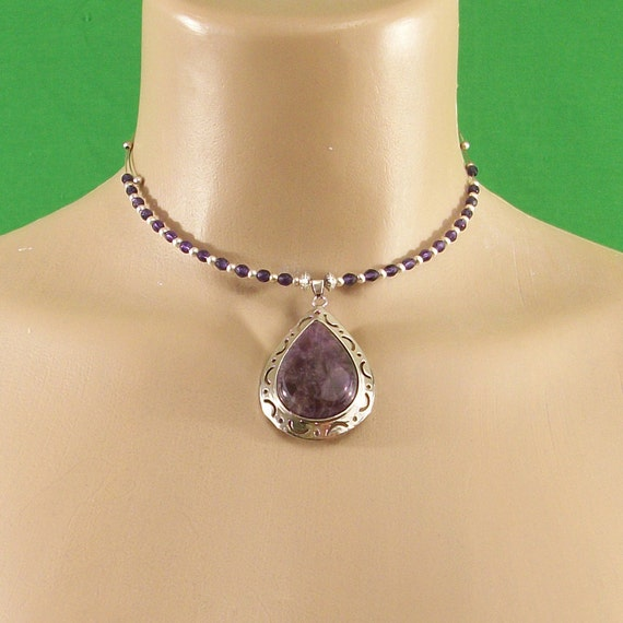 Purple amethyst crystal inlay teardrop pendant