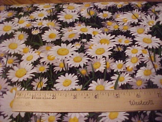 White Daisys One Yard of Fabric by Timeless Treasures