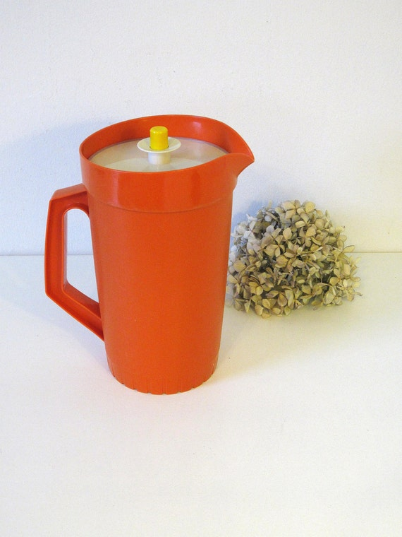 orange Tupperware pitcher, retro entertaining, Black Friday, Cyber Monday Sale