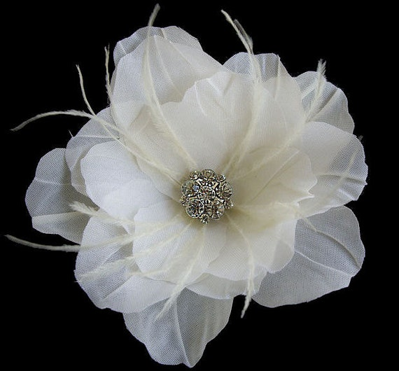 Bridal Collection Petites -- BELLA -- Gardenia Light Ivory Flower Hair Clip Fascinator With Ostrich Feathers