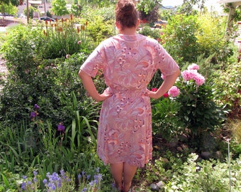 1970s Dusty Rose Ginkgo Leaves Day Dress by Sy Frankl and Casual Maker