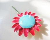 Vintage 1940s Original by Robert flower daisy pin brooch hot pink and blue