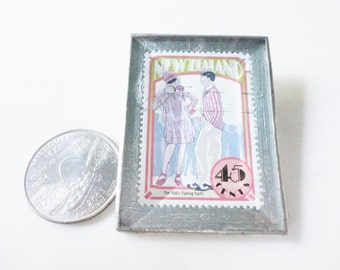 New Zealand 45 cents stamp brooch The 1920s Flaming Youth