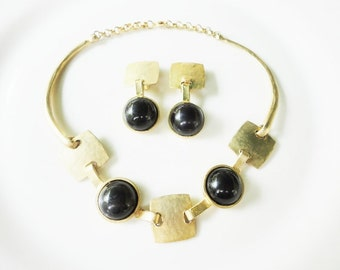 vintage set necklace and earrings bright goldtone and black round caboshones