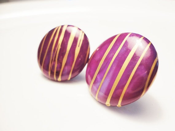 vintage Burgundy red color and gold round button earrings pierced