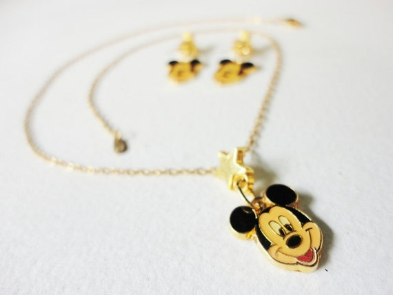 vintage AAi Walt Disney jewelry necklace pendant and earrings Mikey Mouse with star
