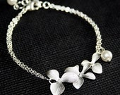 Silver Orchid  Bracelet  with Pearl ,  Sterling Silver , Orchids Bracelet, Wedding Bracelet, Bridesmaids Gift