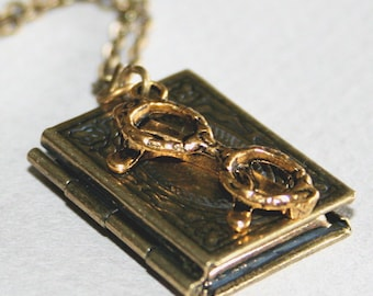 Glasses Book Locket Necklace, Locket, Photo Locket Necklace, Glass charm Necklace, Mother Gift, Bronze Book Locket Necklace