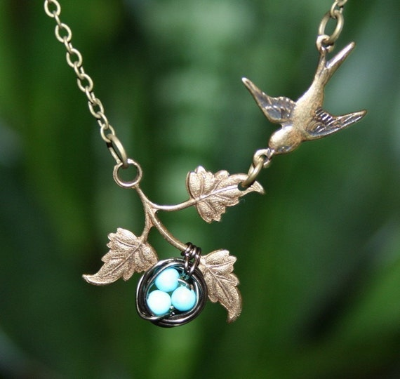 Bird Necklace, Bird Nest on Branch Necklace, Turquoise Blue Eggs, Sparrow Necklace, Bird Jewelry, Mother day Gift, Bird Nest Jewelry