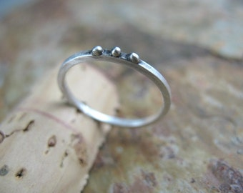 Simple Silver Dots Ring