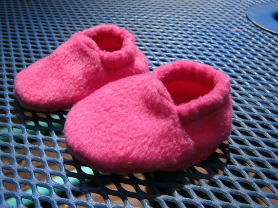 Fleece Doll Shoes, Pink house shoes for 18 inch doll