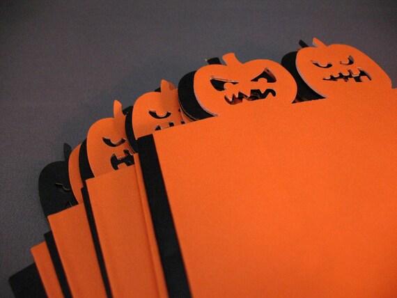Halloween Treat Bags -- Set of 16 in Orange and Black