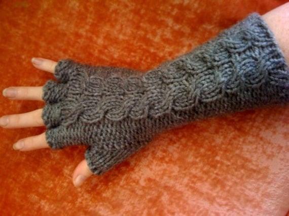 Edward Gorey Fingerless Gloves Knitting Pattern   Supply