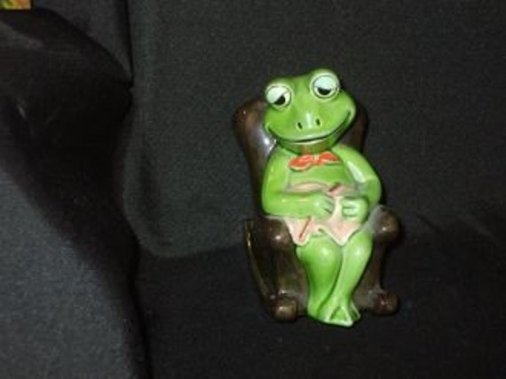 Vintage Japan Norcrest Ceramic Frog In Rocking Chair By
