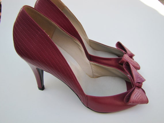 Vintage 1970's Leather Pumps, Bandolino, Made In Italy, 8 Medium