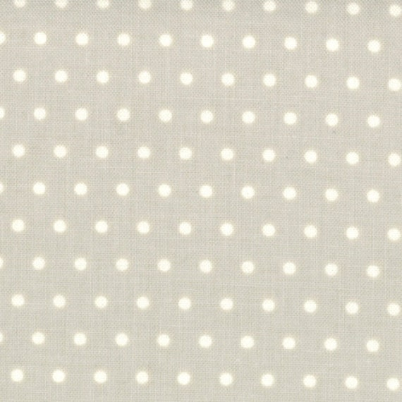Bonnie & Camille for Moda - VINTAGE MODERN - Dots in Pebble - 1/2 yard