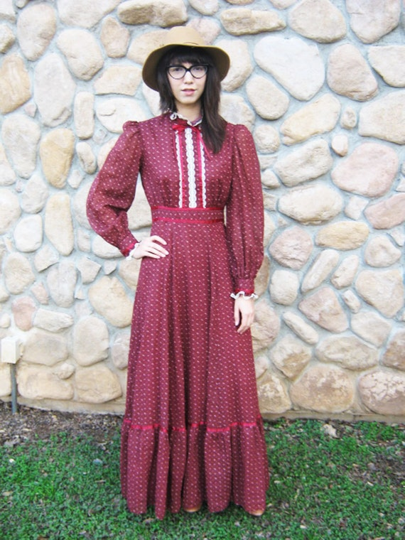 perfect 70's gypsy boho prairie dress gunne sax maxi dress xs s burgundy