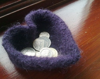 Little Felted Heart Shaped Bowl - Knitting Pattern