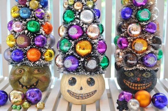 Pumpkin HalloWeeN Bottle Brush Tree glass ornaments garland Shabby Chic bottlebrush spooky creepy
