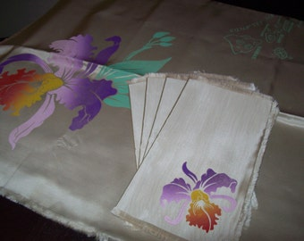 Souvenir Hawaiian Tablecloth and Napkin Set, Mid Century Table Linen, Orchid Tablecloth
