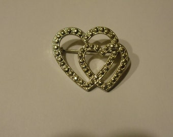 Vintage Silvertone Double Heart Valentines  Pin Unsigned New View