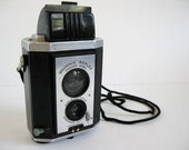 vintage 1940s Brownie Reflex Synchro Model TLR camera for TTV photography