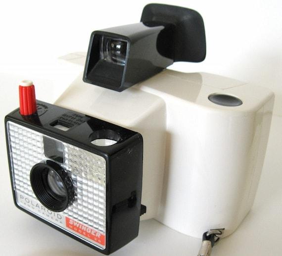 meet the Swinger - super mod vintage 60s polaroid instant camera