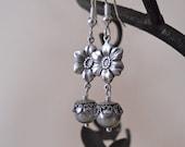 Flower dangling  Earrings - Gray pearls, Silver Flower, Silver hoop, wedding earrings, Free Shipping, Gift,  bridal jewelry