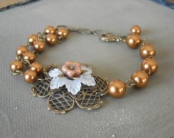 Flower Bracelet, Friendship bracelet, Handmake bracelet, wedding bracelet, copper pearls bracelet