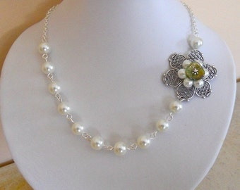 Bridal Statement Necklace -  Green Flower Necklace, Choker, Lariat, Pearl Necklace, White, Free Shipping, gift