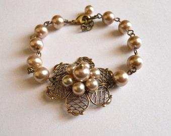 Pearl Flower Bracelet - Bronze pearls Bracelet, Pearls flower, Antiqued brass flower, wedding bronze bracelet, Free Shipping, gift