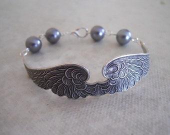 Free Shipping - Wings of Peace Bracelet - Gray tone