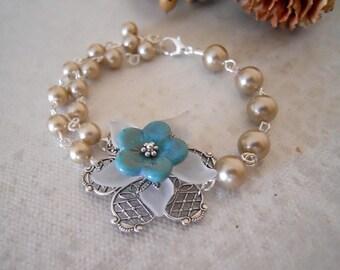 Free Shipping - Vintage Flower Bracelet - Silver