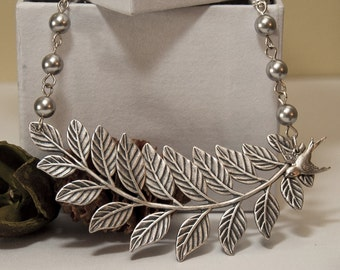 Leaf  Statement Necklace, Choker, Lariat, Silver leaf Necklace, Sparrow, Gray Pearls, Wedding necklace, Free Shipping