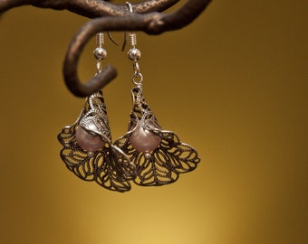 Free Shipping Calla Dangle earrings,Pink Pearls, drop earrings, Cluster, Pink Pearl, Pearls earrings, Silver Calla, gift