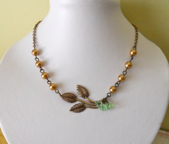 Sunny Statement necklace, Spring Air Vintage Leaf Necklace, Lariat, Twig pendant, Vintage Style Necklace, Free Shipping, Gift, Wedding