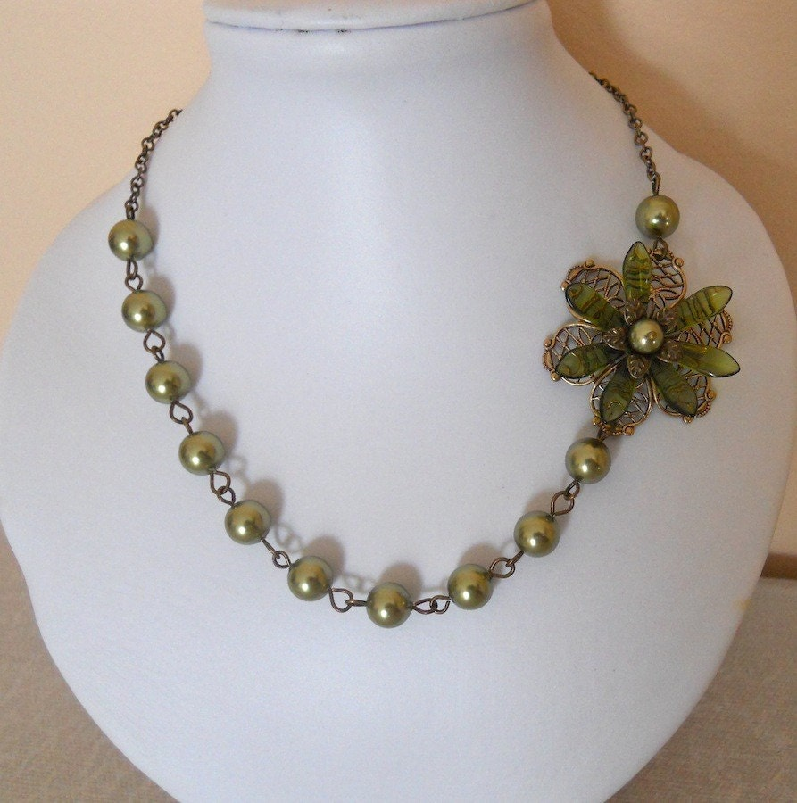 elegance green pearl necklace green flower necklace pearls
