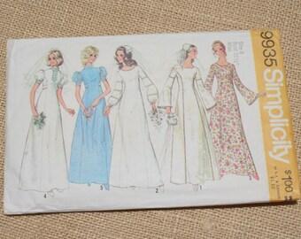 Vintage Pattern Wedding Dress Pattern Simplicity 9935 Size 8