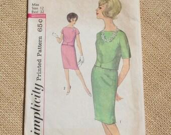 Vintage Dress Pattern Simplicity Pattern 4273 Size 12 Bust 32 Misses 1960s