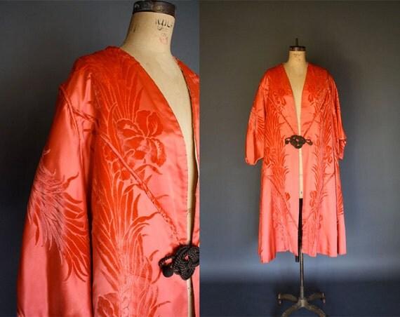 1920s silk coat . coral silk kimono style sleeves . opera coat