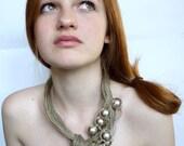Elegant-Silver-Linen-Necklace