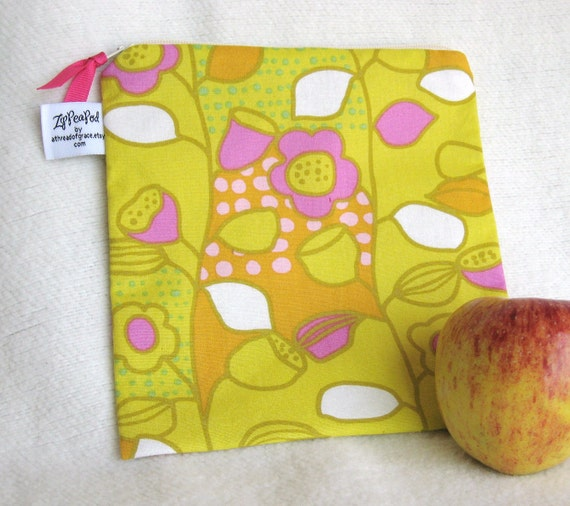 """Lunch Sack, Snack / Sandwich Sack, Project Bag - 7.5"""" x 7.5""""- Nylon lined, Zippered, Reusable, Machine Washable"""