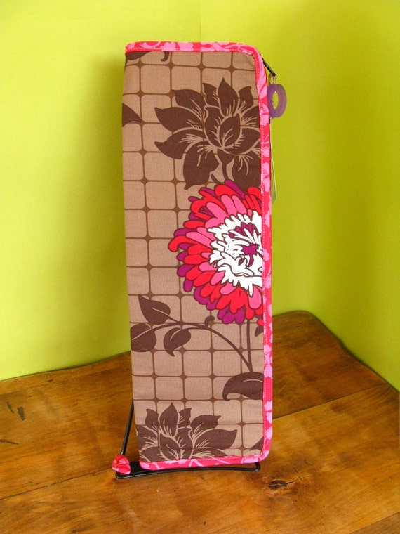 Long Needle Case- in Dahlias