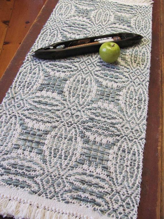 Rustic Mountain Cabin Farmhouse Decor Woven Table Runner, Hand Woven Cream White Sage Green Cotton Wool Country Home Decor Farm Table Mat