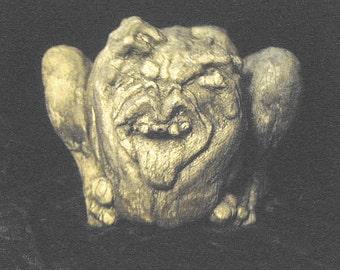 Screaming Demon Gargoyle Statue Gothic Fantasy Sculpture Macabre Beast Oddities Prop Black Creature Strange Beast Home Garden Statuary Decor