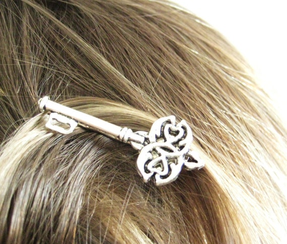 2pcs Skeleton Key Hair Pins
